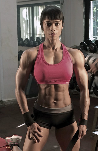 WEIGHT TRAINING MYTHS ABOUT WOMEN