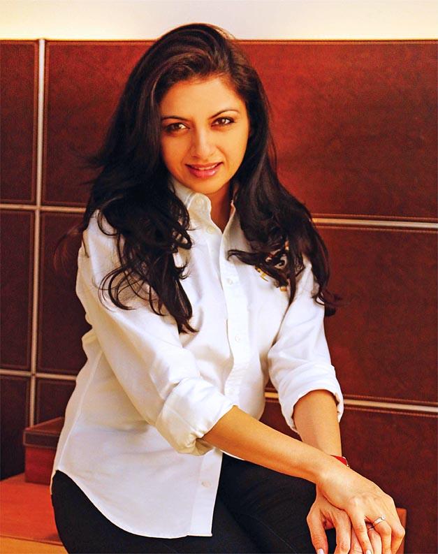 Bollywood se Laut Aao Trisha - Bhagyashree