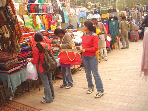 Street Shopping Destinations In New Delhi