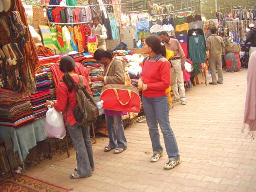 Street Shopping Destinations In New Delhi